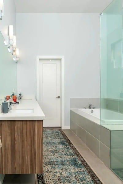 Masterbathroomcentraloasis